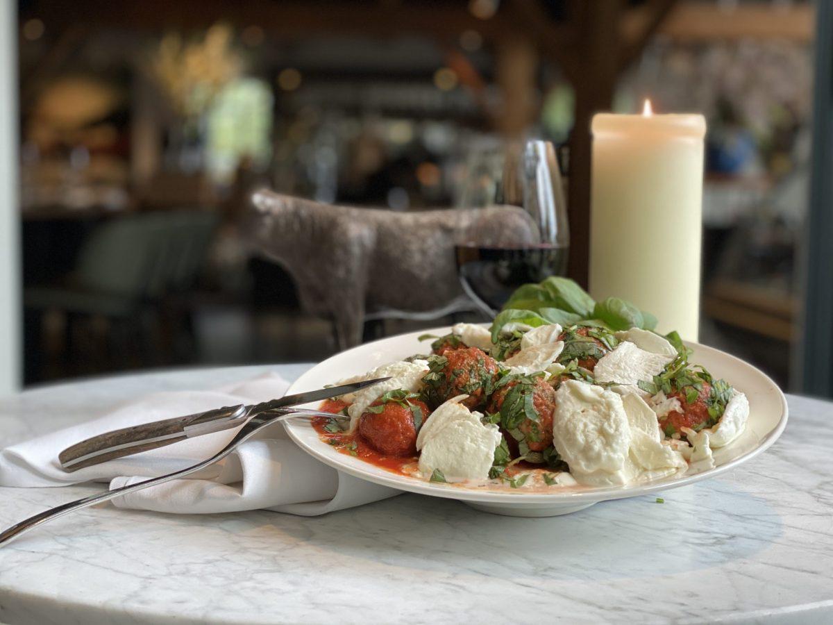 Meatball in tomatensaus     Maasland   Online shoppen   Boerderij   Traiteur   Vlees van eigen weide   Home made for you  