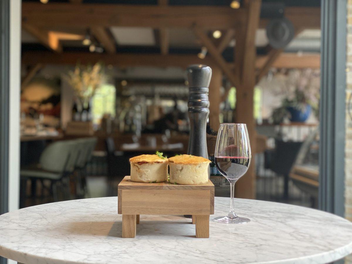 Meat pie   Hereford   Gehakt   Maasland   Online shoppen   Boerderij   Traiteur   Vlees van eigen weide   Home made for you  