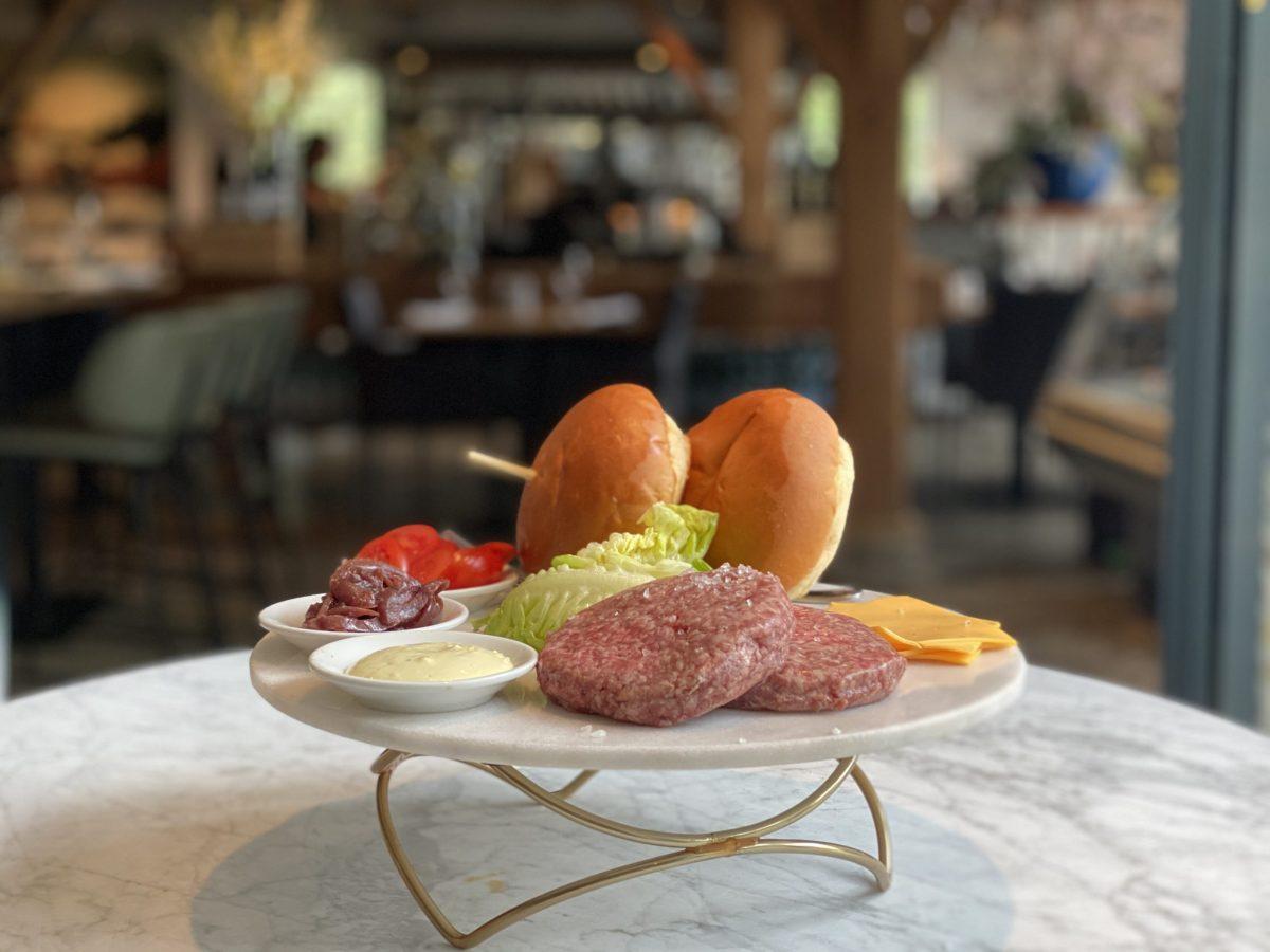 Burger | Hereford | Maasland | Online shoppen | Boerderij | Traiteur | Vlees van eigen weide | Home made for you |